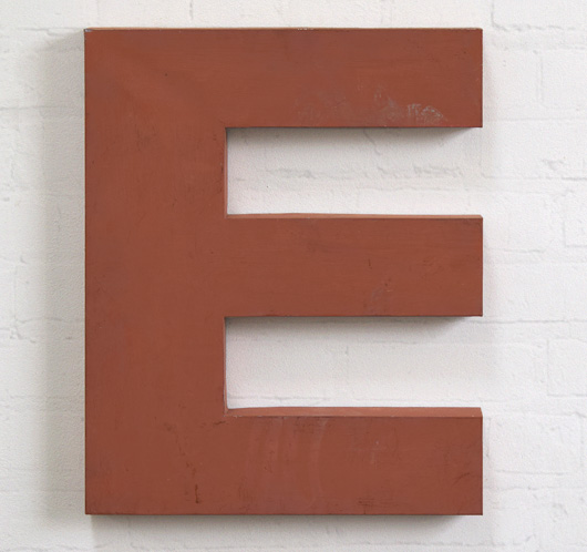 Large red French zinc metal sign letter 'E', mid-1900s