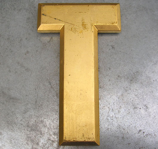 Ex-pub sign vintage gold leaf letter 'T'