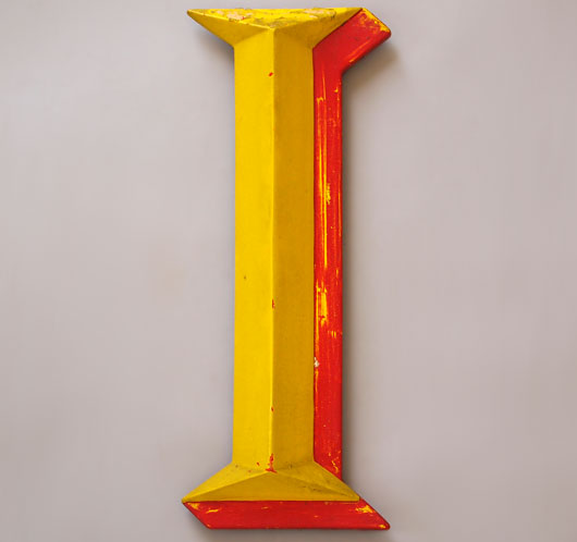 Large vintage fairground-style red/yellow letter 'I', 39cm